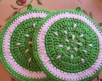 LIME SLICES Wall Hangings /  Potholders (1 pr)
