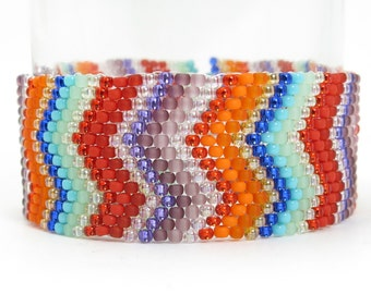 SHOW OF VISIONS Colorful Zig Zag Stripe Seed Bead Bracelet - Button Clasp - Chevron Seed Bead Jewelry - Red, Orange, Green Purple