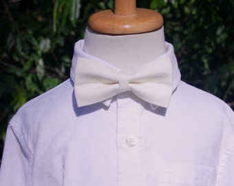 Boys Bow Tie linen bowtie Ivory Linen Bow Tie cream linen bow tie Ivory Ring Bearer Bow Tie ring bearer outfit bow tie and suspenders kids