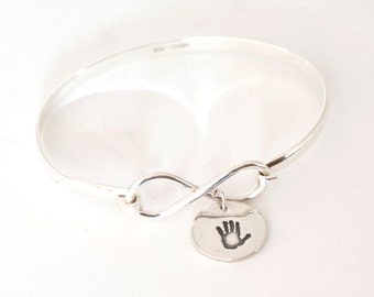 Personalized Handprint Infinity Bangle, Footprint Infinity Bracelet, Handprint Bracelet, Handprint Bangle, gifts for moms