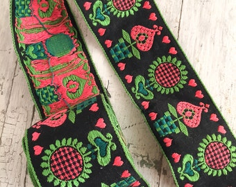 Vintage 60s Flower Power Ribbon, Heart Design Cotton Jacquard Ribbon Trim, 8 Ft, Craft Supplies, Sewing & Needlecraft Supplies, Trim Tapes
