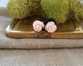 Bridal Plugs, Girly Plugs, Flower Plugs, Creamy Pink Roses