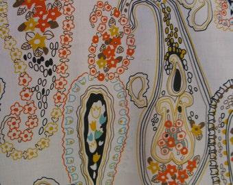 "Vintage 70s Large Paisley & Flowers Print Boho Klopman Mills Fabric, 1972, 44"" x 2 2/3 YDs"