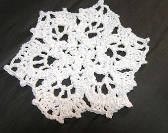 Snowflake Dishcloths, Crochet Dish Cloths or Doilies , Snowflake, Winter Decor, Cotton Washcloths by Charlene, Set of 2