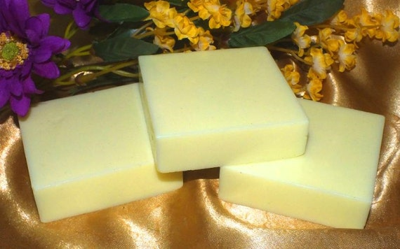 Bath Soap  Olive Oil Vegan Honeysuckle   5 oz  Free Shipping