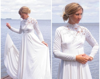 Vintage 1970s Wedding Dress, Empire Waist 70s Wedding Gown with Illusion Net and Lace