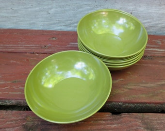 6 Avocado Green Allied Chemical Vintage Melmac Bowls - Salad, Cereal