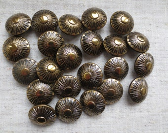 Vintage beautiful sunflower design art deco dome brass tone metal shank buttons. Lot of 23.