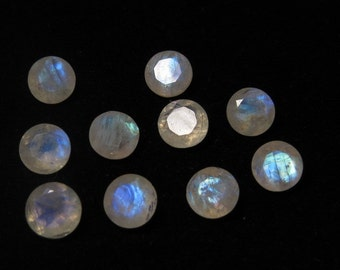 Rainbow MOONSTONE - AAA - High Quality So Gorgeous  Round Cut  Stone Super Sparkle Full Blue Flashy Fire size 8x8 mm - 10 pcs