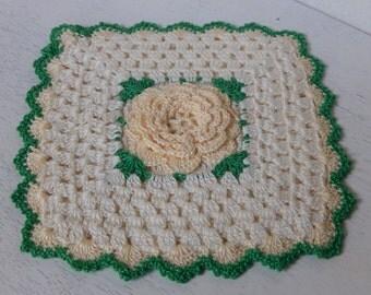 Vintage Potholder Crochet Rose Cottage Chic Handmade Kitchen Home Decor