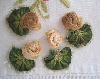 FREE SHIP Vintage Lot Silk Ribbon Art Work Flowers Floral Applique