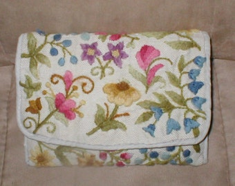 Vintage Fabric Clutch Purse with Floral Embroidery