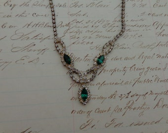 Vintage Emerald and White Rhinestone necklace