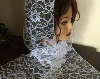 Pretty Modest Snood Cap Infinity Church or Chepal  Veil White lace Headcovering -  Mantilla Scarf - NEW - single loop