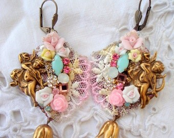 vintage earrings cupidon  lace, roses and crystal