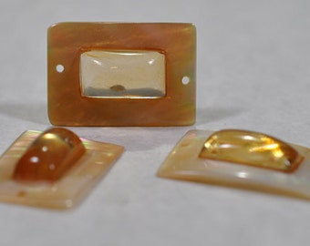 Golden shell rectangle with amber resin pendant, 2 holes, 16x24mm, #651