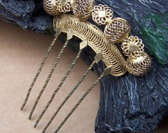 Vintage hair comb gilt metal filigree hair accessory headdress headpiece hair jewellery decorative comb