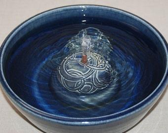 "Cat Drinking Fountain - Dog Fountain - Pet Fountain - Indoor Fountain - 11.25 Inch Diameter ""Water Rings"""
