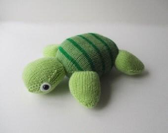 Topsy Turvy Turtle toy knitting pattern