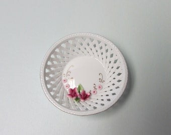 Miniature Porcelain Bowl Shaped White Lattice Basket with Applied Three Dimensional Hand Painted Flowers Made by Klausenburg