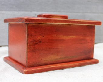Keepsake Box in Distressed Oxide Red
