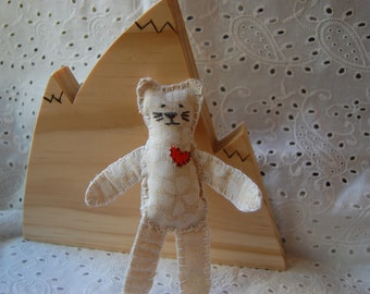 Handmade Mini Cat Doll set (cat, wood suitcase, bedding, cape)
