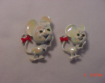 Vintage White Mice Scatter Or Duet Pins   16 -  396
