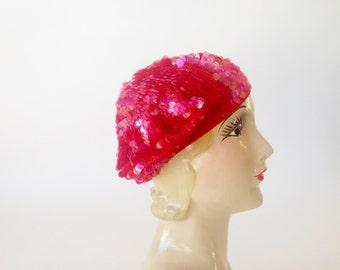 Vintage Hat 1960s Hat / 60s Hat / Vintage Beret / Knit Hat / Novelty Hat / Made in Italy Hat / Handmade Crochet Hat Beaded Hat Pink Red