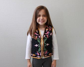 Vintage Tribal Vest Southwestern Funky Embroidered Vest B