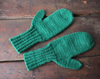 Vintage Hand Knit Green Wool Mittens ladies winter mitts