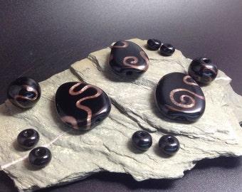 Handmade Lampwork Beads Glass - black and gold