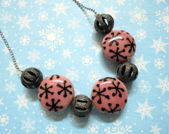 Pink and Black Necklace (2398)