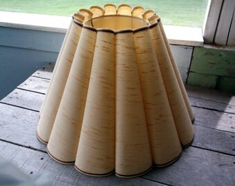 Vintage Retro Fluted fabric lampshade Lamp shade with Plastic insert shade