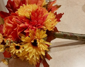 Fall Toss Bouquet