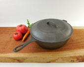 """Cleaned Lodge Cast Iron Chicken Fryer Deep Skillet - No. 8 - 10-1/4"""" Basting Lid - Unmarked"""