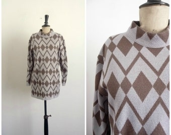 Pull Over Long Wool Grey and Brown Geometric Patterns Diamonds Vintage 80's / Size M