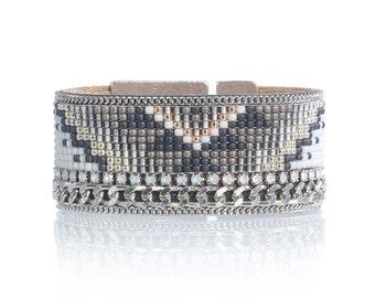 Geometric bracelet - Geometric loom beaded bracelet - bead loom cuff bracelet - tribal bracelet - tribal jewelry - native american jewelry