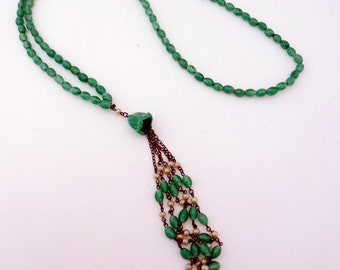 Vintage Green 1920's Peking Glass Flapper Tassel Necklace Art Deco