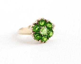 Sale - Vintage 10k Rosy Yellow Gold Simulated Peridot Cluster Ring - Size 7 3/4 Green Glass Stone Flower August Birthstone Fine Jewelry
