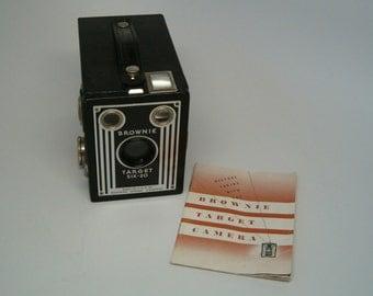Camera, Kodak Brownie TARGET SIX 20, Very Nice