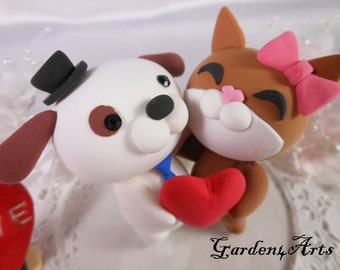 NEW--Custom wedding cake topper--Love dog & cat couple with circle clear base