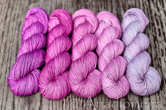 Sporty - Valentino Gradient - Colour Adventures (fibers: superwash merino)