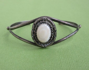 Sterling Silver & Pearl Cuff Bracelet - Vintage Native American / Southwestern