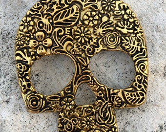 Large Shiny Gold Pewter Metal Ornate Skull Pendant