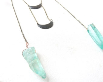 Mint green quartz necklace aura ( brass antiqued, verdigris, boho, pastel ) 02
