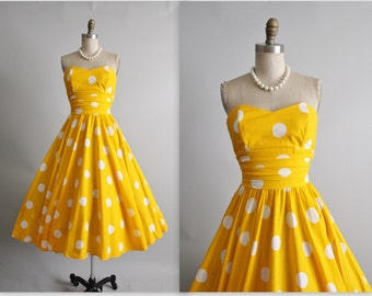 Vintage Polka Dot Dress // 80's does 50's Yellow Polka-dot Cotton Strapless Garden Party Full Circle Skirt Summer Dress XS