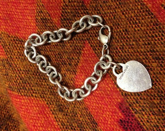 Authentic Tiffany & Co. Heart Charm Bracelet. 925 Sterling Silver. Excellent condition.