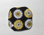 """Cloth Panty Liner All In One Cotton Fleece 6.5"""" Daisy"""