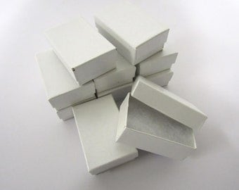 Pearl White Boxes - 20 count (2.5 x 1.5 x 1 in.) Cotton Filled Presentation Boxes