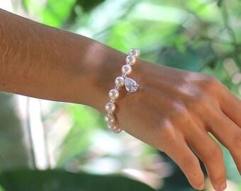 Swarovski Pearl Bracelet, Ivory Pearl Bridal Bracelet, Pearl & Crystal Drop Bracelet, CRYSTAL DROP